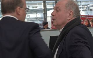FC Bayern München: Uli Hoeneß verteidigt die Wechselpolitik des Rekordmeisters