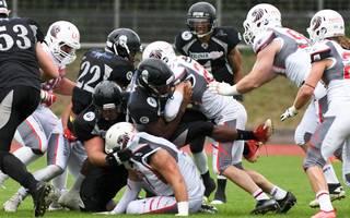 Die Berlin Rebels (schwarz) müssen in den Playoffs zuerst in Frankfurt ran