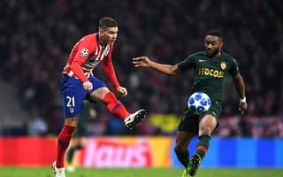 Lucas Hernandez (l.) besitzt eine Ausstiegsklausel in Höhe von 85 Millionen Euro