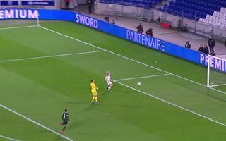 Frauen: Lyon - VfL Wolfsburg (2:1) - Highlights im Video | Champions League