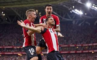 Aritz Aduriz erzielt per Seitfallzieher in der Nachspielzeit das Siegtor gegen den FC Barcelona