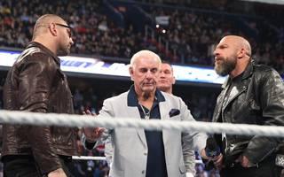 Batista feierte bei SmackDown 1000 seinen ersten WWE-Auftritt seit 2014