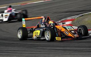 Théo Pourchaire holte sich am Nürburgring seinen zweiten Saisonsieg
