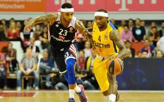 Tyrese Rice (r.) gewann mit Maccabi Tel Aviv die EuroLeague