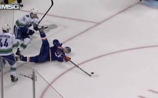NHL: Tom Kühnhackl erzielt Traumtor für New York Islanders