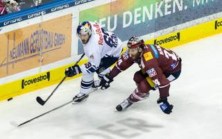 Eisbaeren Berlin v EHC Red Bull Muenchen - DEL Playoff Final Game 6