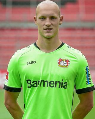 Niklas Uwe Bernd Lomb