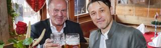 FC Bayern: Trainer Niko Kovac spricht über Beziehung zu Karl-Heinz Rummenigge, Karl-Heinz Rummenigge und Bayern-Trainer Niko Kovac auf dem Oktoberfest