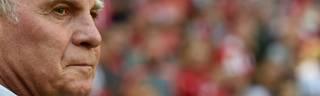 Uli Hoeneß kritisiert Mesut Özil