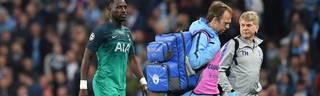 Moussa Sissoko muss bereits in der ersten Hälfte angeschlagen ausgewechselt werden