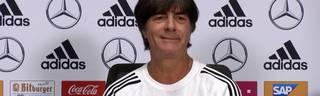 Bundestrainer Joachim Löw witzelt über die WM-Krise der Niederlande