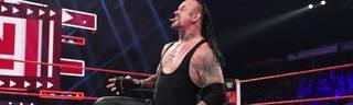 Der Undertaker kam bei WWE Monday Night RAW Roman Reigns zu Hilfe