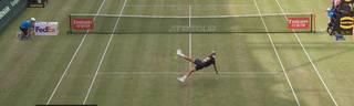 Tennis: Benoit Paire und Jo-Wilfried Tsonga spielen Fußball in Halle