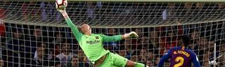 Marc-Andre ter Stegen erwischte gegen den FC Sevilla einen Sahnetag