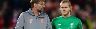 Loris Karius (r.) ist nicht mehr die Nummer eins beim FC Liverpool und bei Jürgen Klopp