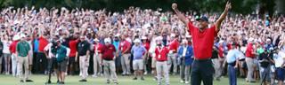 Tiger Woods feierte vor den Augen der begeisterten Fans in Atlanta seinen 80. Turniersieg