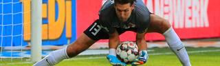 Bundesliga: FC Augsburg - Werder Bremen 2:3 - Fabian Giefer mit Mega-Patzer