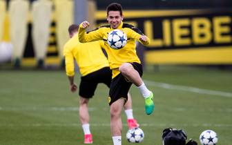 Borussia Dortmund - Training & Press Conference
