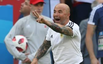 FBL-WC-2018-MATCH50-FRA-ARG Nach dem Achtelfinal-Aus Argentiniens bei der WM in Russland wurde Sampaoli entlassen