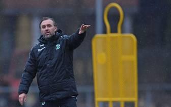 Thomas Doll ist seit Mittwoch Trainer von Hannover 96