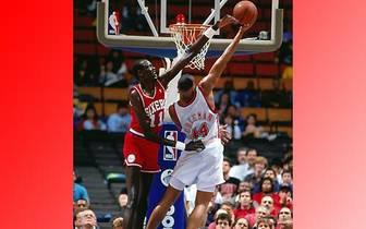 Bol hält mit 15 Blocked Shots in einem Spiel (beim 111:103-Heimsieg im Januar 1986 gegen die Atlanta Hawks) den Rookie-Rekord und ist der einzige Spieler, der dies Zeit seiner NBA-Karriere zweimal schaffte