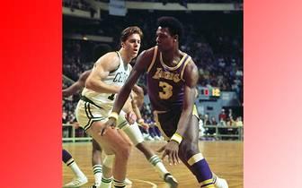 Mit 17 abgeblockten Würfen beim 111:98-Heimsieg der L.A. Lakers im Oktober 1973 gegen die Portland Trail Blazers ist Elmore Smith  allerdings unerreicht. SPORT1 erinnert an die besten Shot-Blocker der NBA-Geschichte