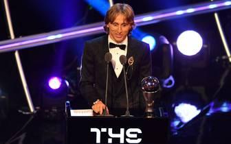 Luka Modric ist neuer Weltfußballer des Jahres und löst damit Cristiano Ronaldo ab