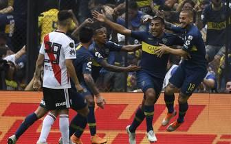 Das Final-Hinspiel der Copa Libertadores zwischen River Plate und Boca Juniors endete 2:2
