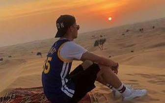 Julian Weigl in der Wüste