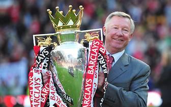 Ferguson sammelt in seiner Karriere Titel wie andere Leute Briefmarken. Zum Abschluss feiert er mit Manchester United seine 13. Meisterschaft. Insgesamt kommt er auf 49 Titel