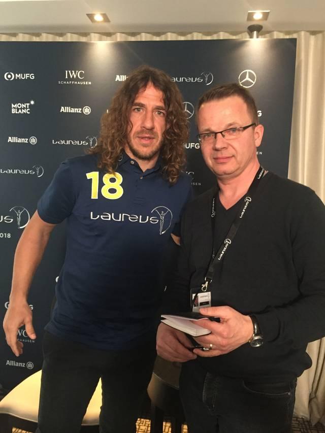 SPORT1-Reporter Martin Volkmar (r.) traf Carles Puyol in Monaco