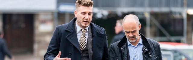 Nicklas Bendtner (l.) muss eine 50-tägige Gefängnisstrafe verbüßen