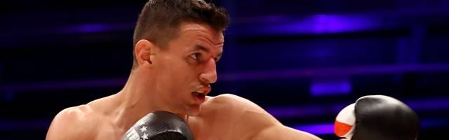Robin Kraniqi gewann den EM-Fight einstimmig nach Punkten