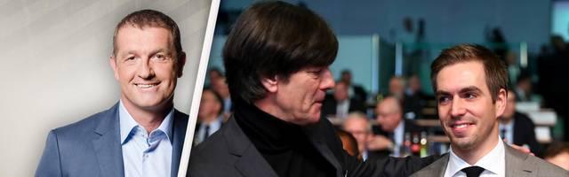 Thomas Strunz ordnet die Kritik von Philipp Lahm (r.) an Joachim Löw ein