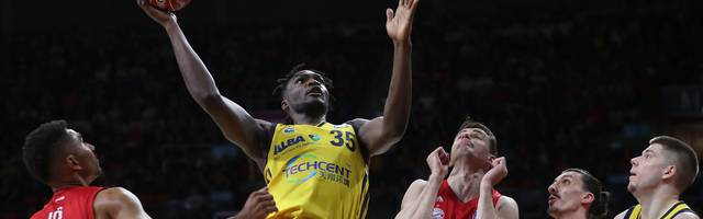FC Bayern Basketball v Alba Berlin - Play Offs Final Game 1
