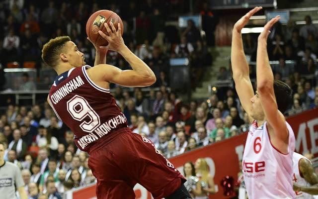 Die Basketballer des FC Bayern (l.: Jared Cunningham) erhalten eine EuroLeague-Wildcard