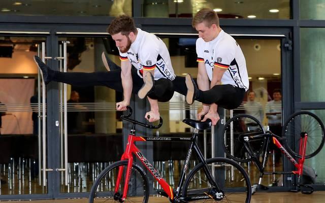 Serafin Schefold und Max Hanselmann sind die Sportler des Monats