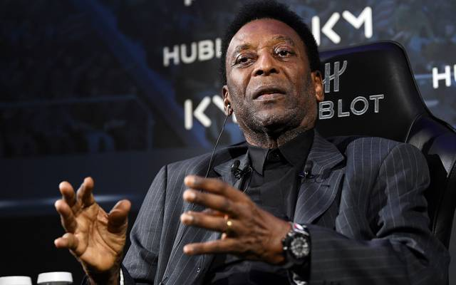 Pelé musste sich in Sao Paulo wegen eines Nierensteins operieren lassen