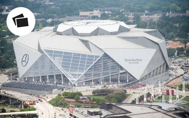 Im Mercedes-Benz Stadium in Atlanta fällt die Entscheidung um den Super Bowl