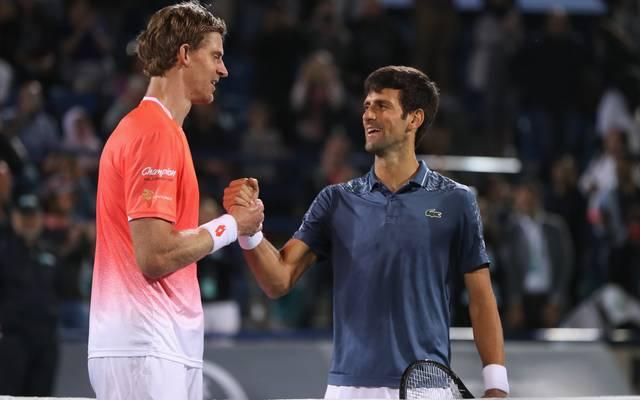 Novak Djokovic (r.) hat die Neuauflage des Wimbledonfinals gewonnen