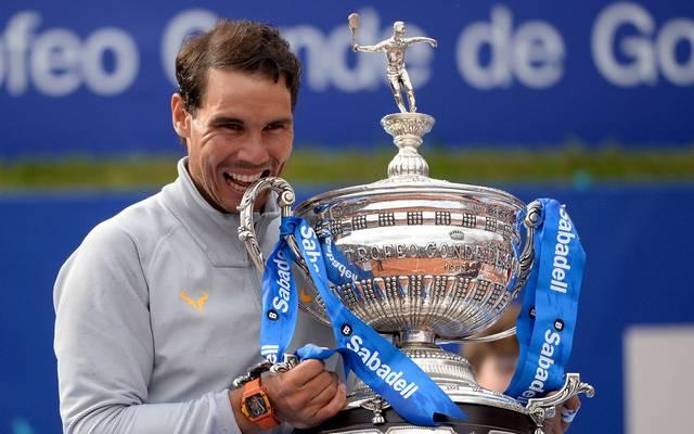 Rafael Nadal bezwang im Finale von Barcelona Stefanos Tsitsipas in 78 Minuten