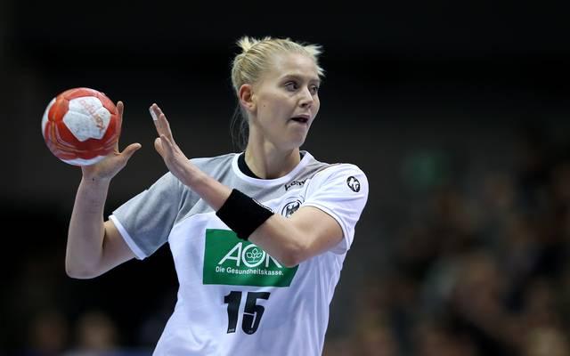 Handball-EM: Zschocke ersetzt verletzte Naidzinaivicius im deutschen Team, Handball-Nationalspielerin Kim Naidzinavicius fällt für die EM aus