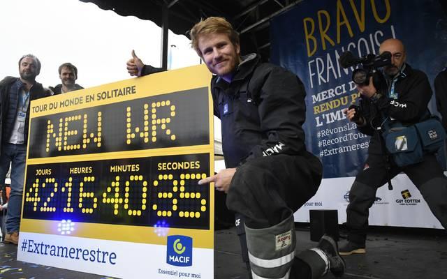 Francois Gebhart gelang ein neuer Rekord für die schnellste Solo-Weltumsegelung