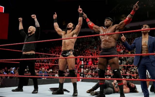 Unangefochten bei WWE RAW: Baron Corbin, Drew McIntyre, Bobby Lashley und dessen Manager Lio Rush (v.l.)