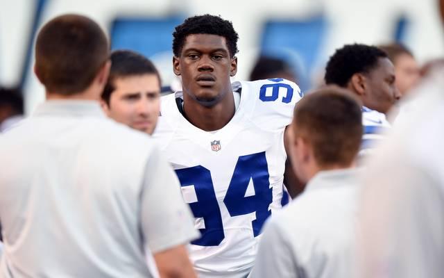 Dallas Cowboys Randy Gregory Randy Gregory wurde im Draft 2015 in der zweiten Runde von den Dallas Cowboys ausgewählt