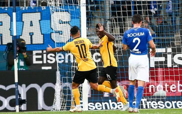 Moussa Kone sichert Dresden durch einen verwandelten Strafstoß den Sieg