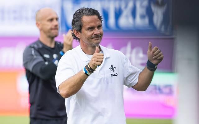 Dirk Schuster holte im vierten Saisonspiel den dritten Sieg mit Darmstadt 98
