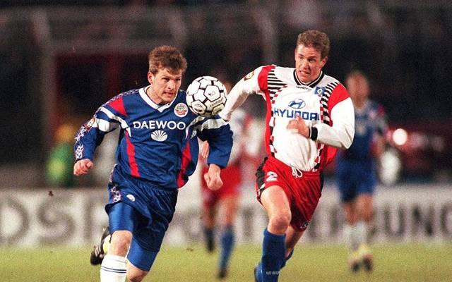 Fußball: Ex-HSV-Profi Stephane Henchoz übernimmt Xamax Neuchatel, Stephane Henchoz (rechts) spielte von 1995 bis 1997 beim HSV