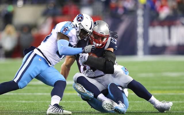 NFL: Jurrell Casey (l.) von den Tennessee Titans will auch weiterhin an seinen Protesten festhalten