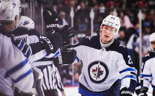 Patrik Laine führt mit 20 Jahren die NHL-Torjägerliste an